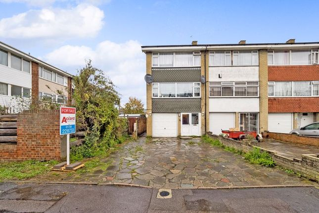 Thumbnail Terraced house for sale in Petworth Way, Hornchurch