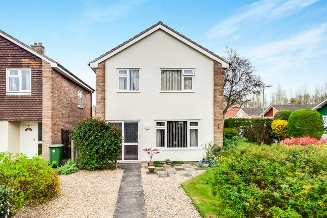 Thumbnail Detached house for sale in Mayfield Avenue, Grove, Wantage