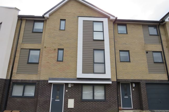 Thumbnail Flat for sale in St. Saviours Lane, Norwich