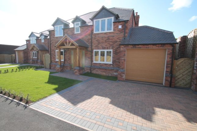 Thumbnail Detached house to rent in Evesham Road, Redditch