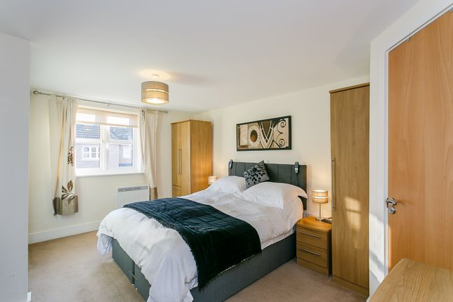 Thumbnail Flat for sale in Royal Troon Mews, Wakefield
