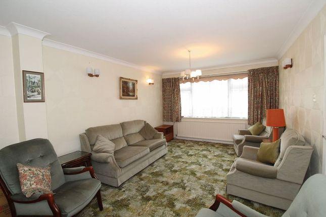 Lounge of Farm Vale, Bexley DA5