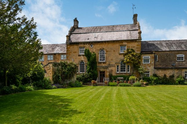 Thumbnail Terraced house for sale in High Street, Moreton-In-Marsh, Gloucestershire