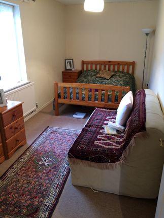2 Spacious Bedrooms