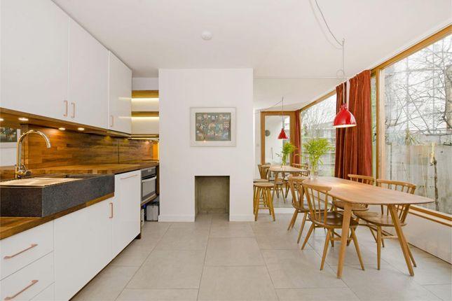 Thumbnail Flat to rent in Varden Street, London