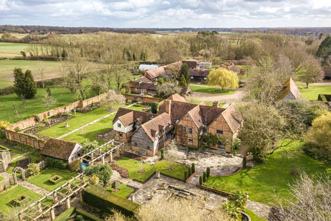 Thumbnail Detached house for sale in Castle End Road, Ruscombe, Berkshire RG10.