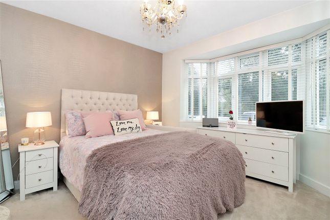 G/Flr Bay Bedroom