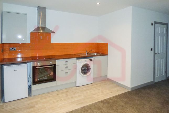1 bedroom flat to rent in 1 St Peter's House, Doncaster
