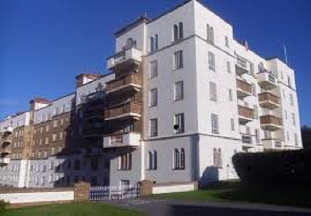 2 bed flat for sale in Sea Road, Bournemrouth