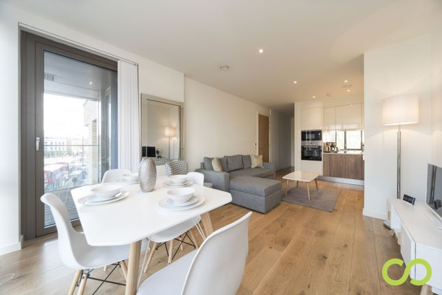 Thumbnail Flat to rent in 1 Camberwell Passage, London