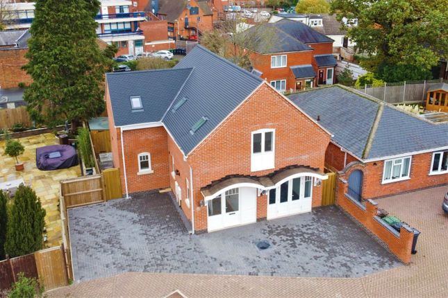 Thumbnail Detached house for sale in Birstall Road, Birstall, Leicester