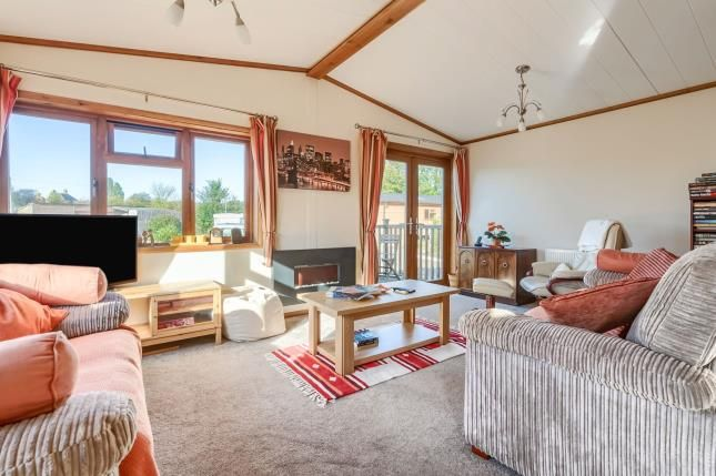 Thumbnail Bungalow for sale in Riverside Park, Upper Beeding, Steyning, West Sussex