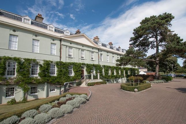 Thumbnail Flat for sale in King George Gardens, Chichester