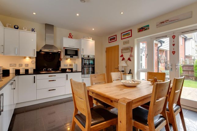 Thumbnail Link-detached house for sale in Cravenwood Close, Weeley, Clacton-On-Sea