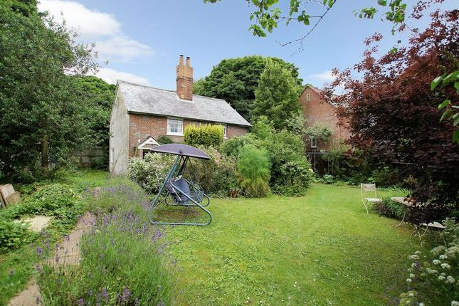 Thumbnail Detached house for sale in Norris Lane, Chaddleworth, Newbury