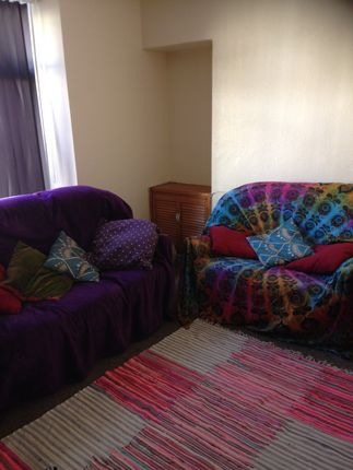 Thumbnail Maisonette to rent in 18 Victoria Terrace, Swansea