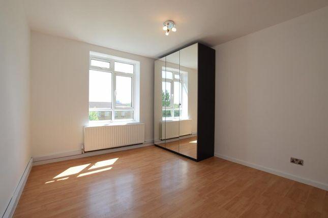 Bedroom 3 of Wandsworth Road, London SW8