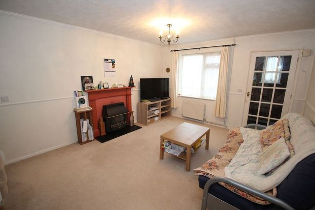 Thumbnail Semi-detached house for sale in Quarrydale Close, Calne