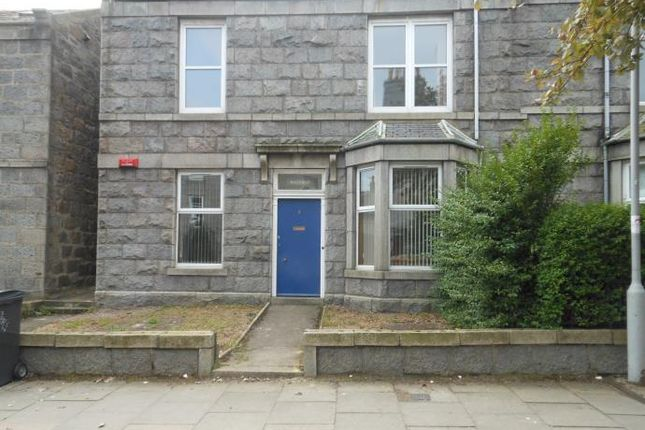 Thumbnail Flat to rent in Orchard Street, Aberdeen