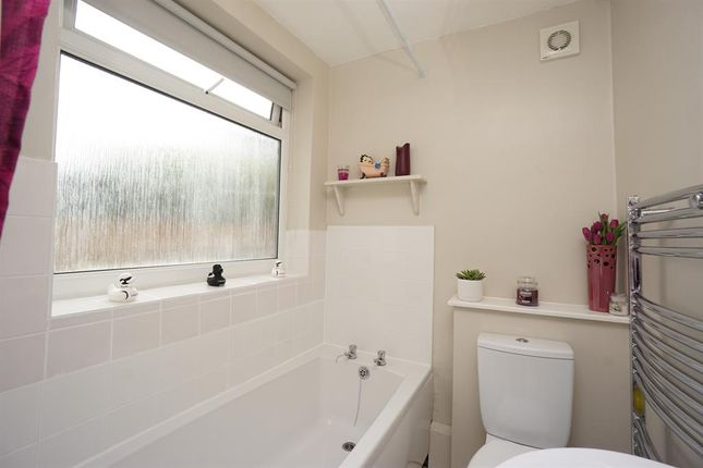 Bathroom of Stothard Road, Crookes, Sheffield S10