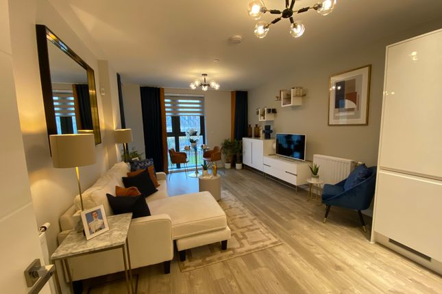 2 bed flat for sale in Lakeside Drive, Park Royal NW10