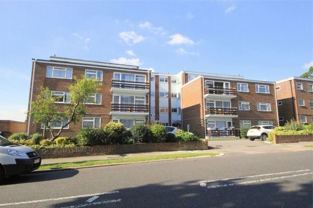 Thumbnail Flat for sale in Eversley Park Road, London