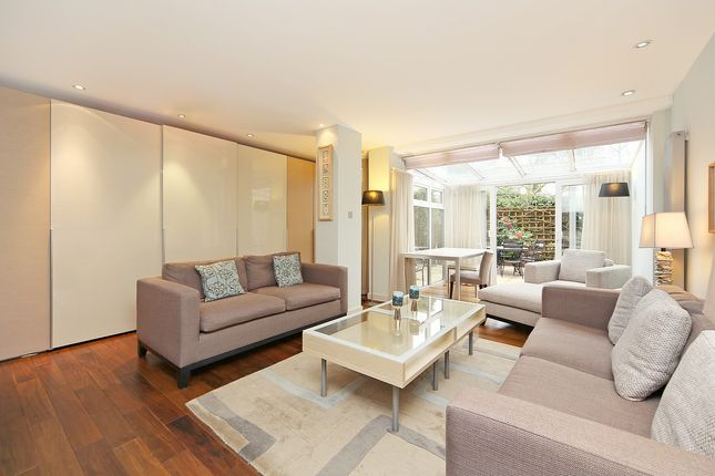 Thumbnail Detached house to rent in Woodsford Square, Holland Park, London