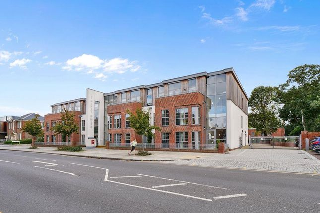 1 bed flat for sale in Liberty House, Kingston Road, Raynes Park, London SW20