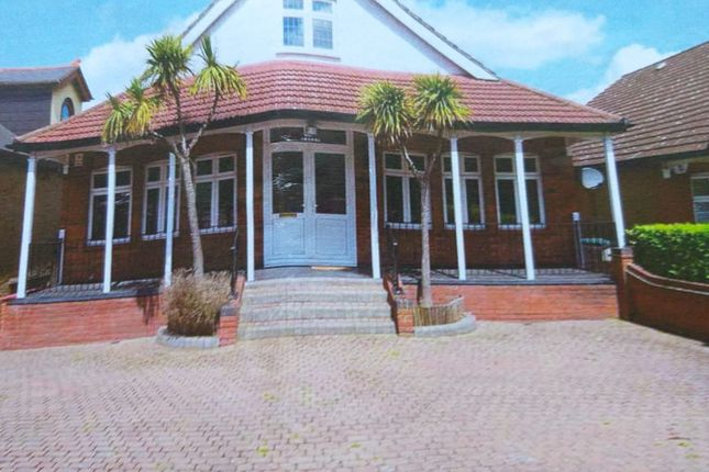 Thumbnail Detached house to rent in Manor Rd, Chigwell