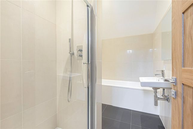 Bathroom of St. Andrews Field, Chardstock, Axminster, Devon EX13