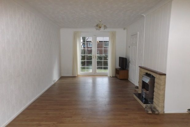 Thumbnail Property to rent in Walton Way, Denton, Manchester