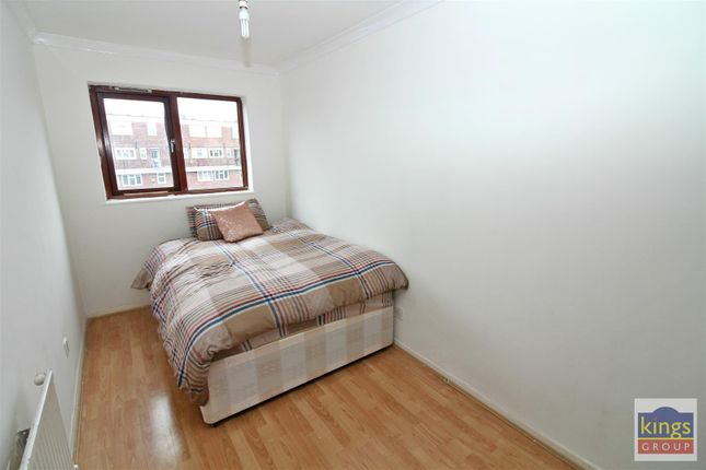 Bed3 A of Apprentice Way, Clarence Road, London E5