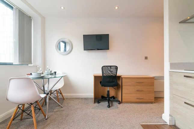 Flat to rent in Bracken House, Charles Street, City Centre, Manchester