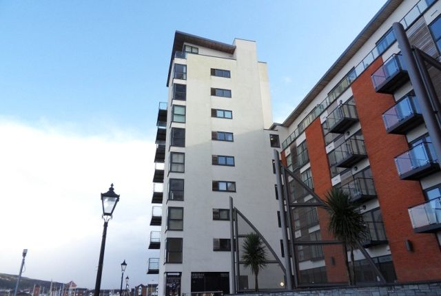 Thumbnail Flat to rent in Meridian Wharf, Trawler Road, Swansea.