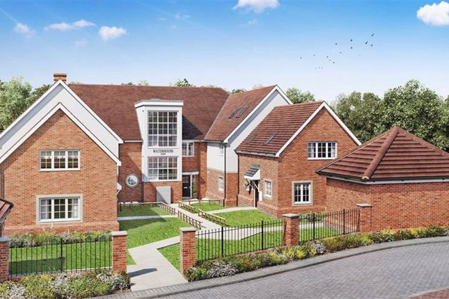 2 bed flat for sale in Norton Way South, Letchworth Garden City, Hertfordshire SG6