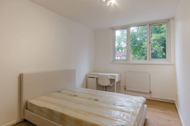 Thumbnail Flat for sale in Carlton Grove, Peckham