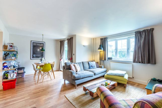 Thumbnail Flat for sale in Pavilion Square, Tooting