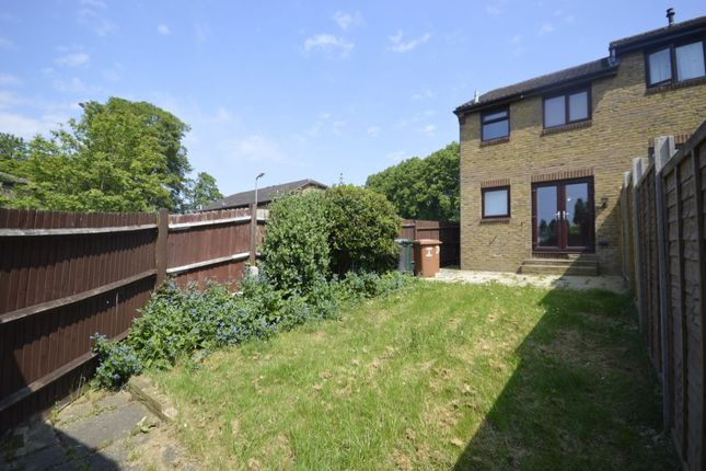 Thumbnail Terraced house for sale in Tylersfield, Abbots Langley