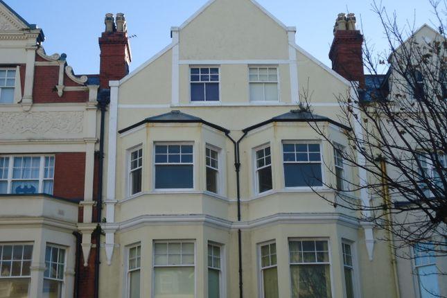 Thumbnail Flat to rent in Vaughan Street, Llandudno