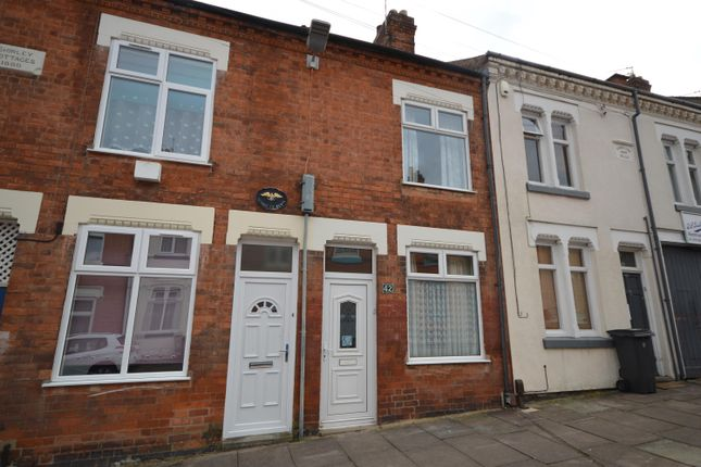 Thumbnail Terraced house for sale in Hawthorne Street, Leicester
