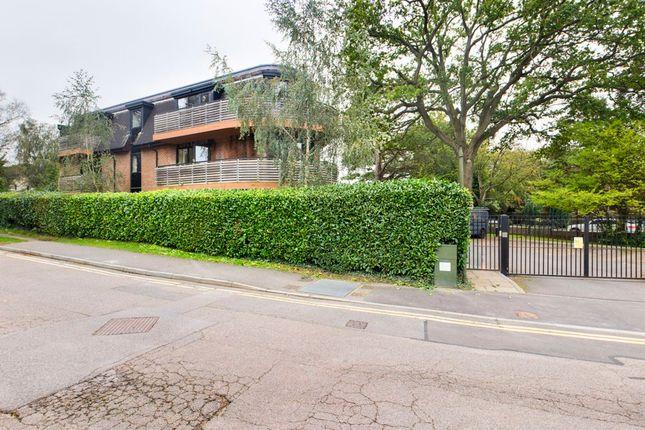2 bed flat for sale in Furze Lane, Felbridge, East Grinstead RH19