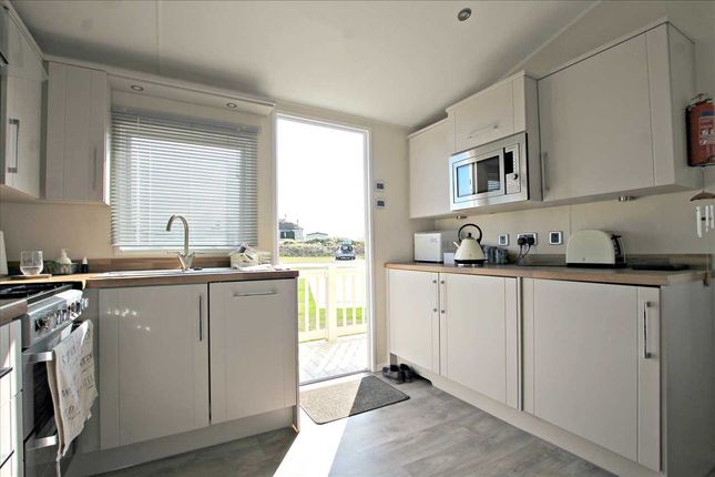 Kitchen/Diner of Suffolk Sands, Carr Road, Felixstowe IP11