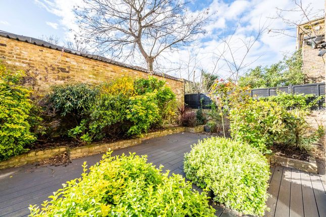Thumbnail Flat for sale in Moore Park Road, Moore Park Estate, London