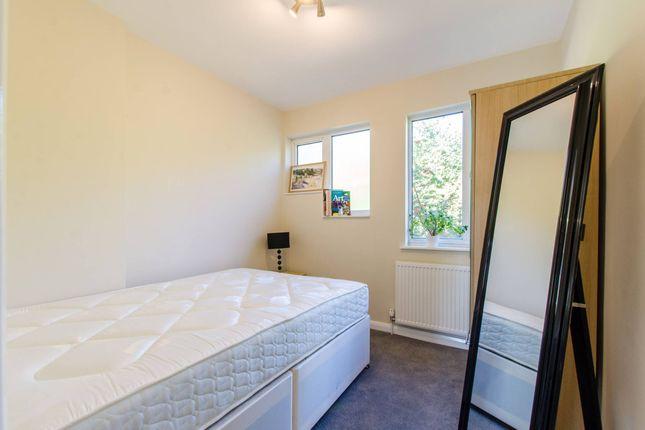 Thumbnail Flat to rent in Wood Green Road, Tottenham, London