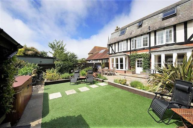 Thumbnail Detached house for sale in Ricketts Close, Weymouth