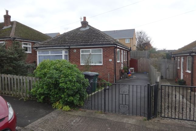 Thumbnail Detached bungalow to rent in Squirrell Hall Drive, Dewsbury