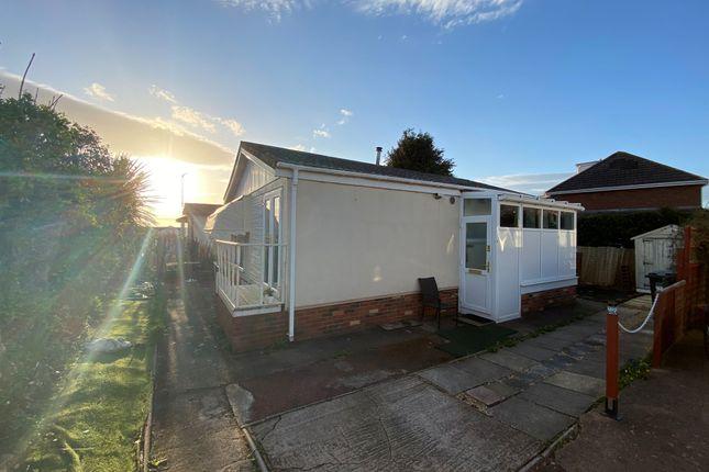 2 bed mobile/park home for sale in Alexander Walk, Ringswell Park, Exeter EX2