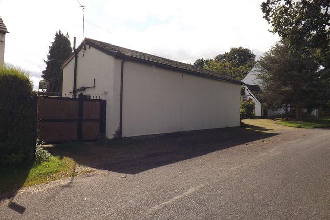 Thumbnail Detached bungalow to rent in Dark Lane, Kings Norton, Birmingham