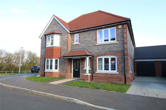 Thumbnail Detached house to rent in Priors Gardens, Spencers Wood, Reading, Berkshire