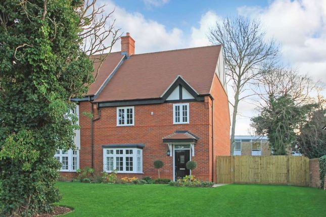 Thumbnail Town house for sale in Orchard Mews, High Street, Tring
